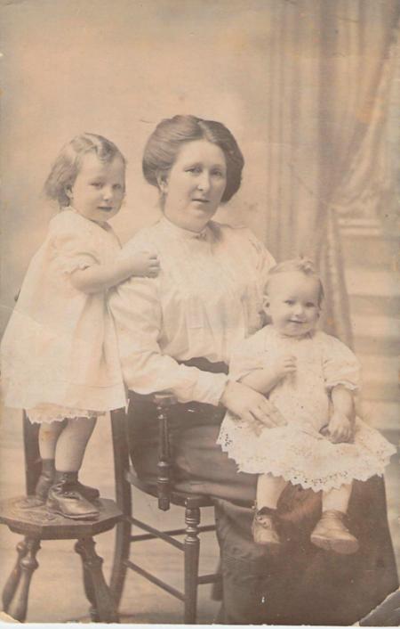 Elizabeth Black, 1914, Belfast